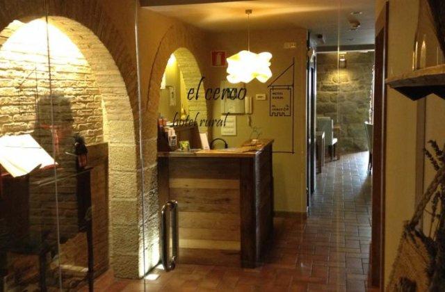 Camino de Santiago Accommodation: Hotel Rural El Cerco ⭑
