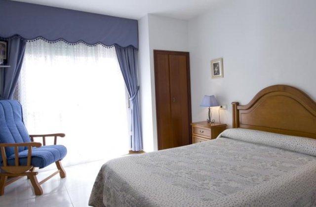 Camino de Santiago Accommodation: Pensión Xaneiro ⭑