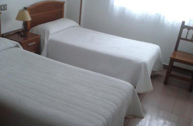 Camino de Santiago Accommodation: Pensión Casa Manolo ⭑