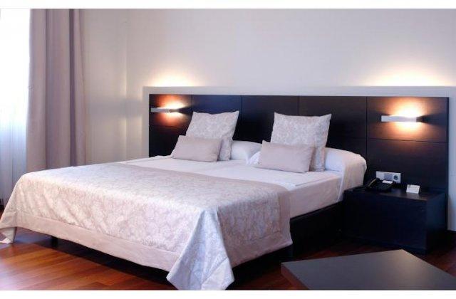 Camino de Santiago Accommodation: Hotel Palacio de Meras ⭑⭑⭑⭑