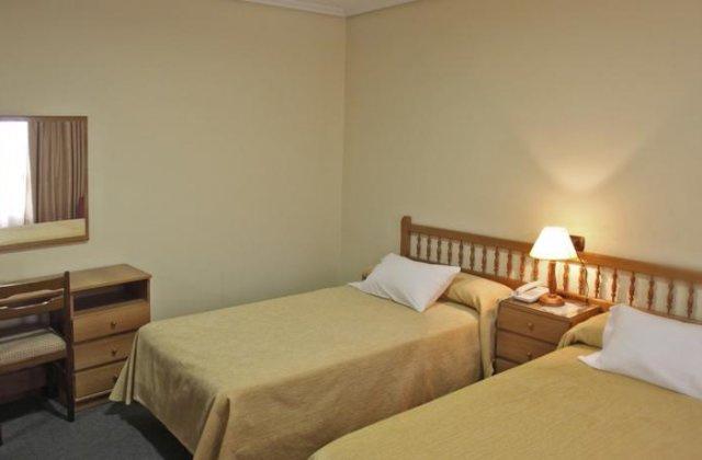 Camino de Santiago Accommodation: Hotel La Marina ⭑