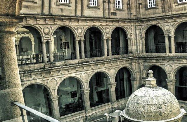 Camino de Santiago Accommodation: Hotel Parador de Monforte de Lemos ⭑⭑⭑⭑