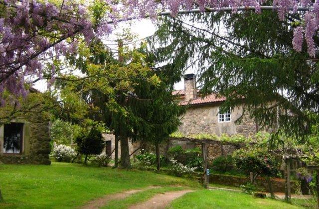 Camino de Santiago Accommodation: Hotel Rural Casa de Casal