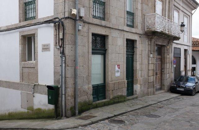 Camino de Santiago Accommodation: Albergue de la Xunta de Betanzos