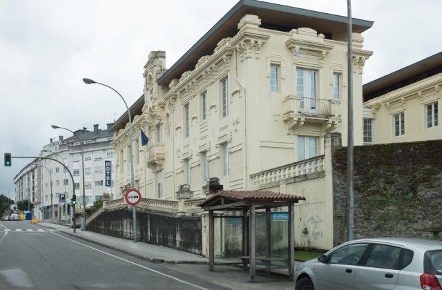Camino de Santiago Accommodation: Hotel Palacete de Betanzos ⭑⭑⭑
