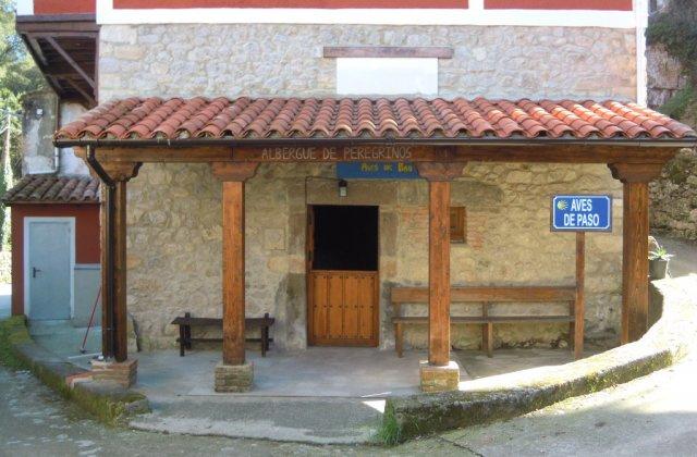 Camino de Santiago Accommodation: Albergue Aves de Paso