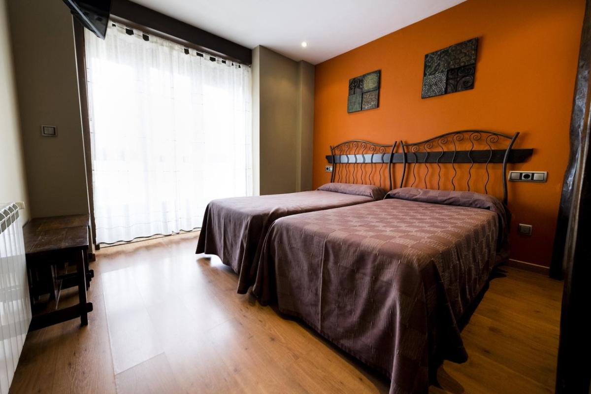 Camino de Santiago Accommodation: Pensión Casa Goás