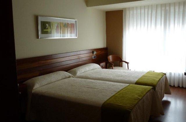 Camino de Santiago Accommodation: Hotel San Antón ⭑⭑