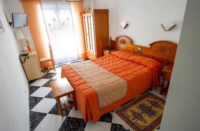 Camino de Santiago Accommodation: Hotel Mediante ⭑