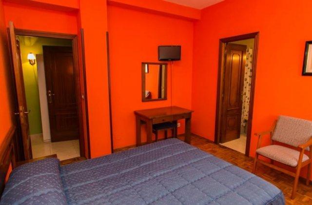 Camino de Santiago Accommodation: Hotel Ros-Mary ⭑