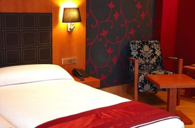 Camino de Santiago Accommodation: Hotel Spa Blanco ⭑⭑⭑⭑