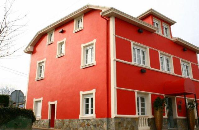 Camino de Santiago Accommodation: Hotel Casa Fernando III ⭑
