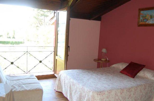Camino de Santiago Accommodation: Hotel Casa Vitorio ⭑⭑