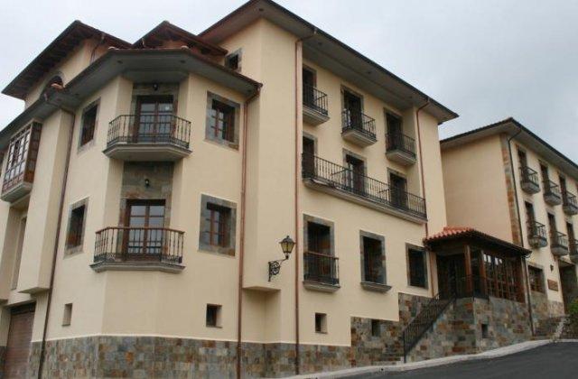 Camino de Santiago Accommodation: Hotel Valle Las Luiñas ⭑⭑⭑