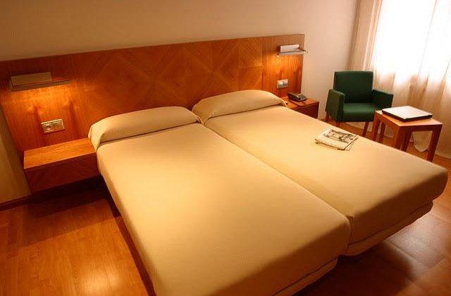 Camino de Santiago Accommodation: Hotel AB Murias Blancas ⭑⭑⭑