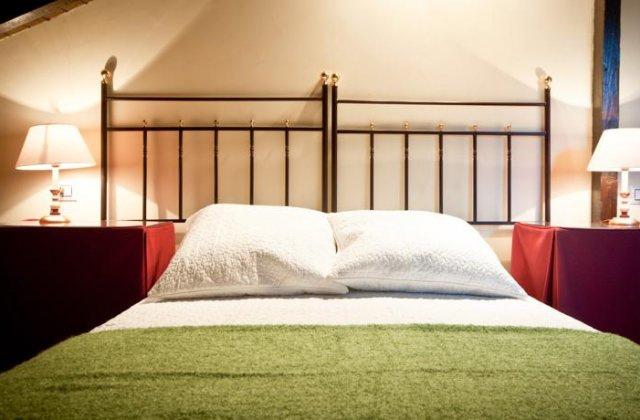 Camino de Santiago Accommodation: Hotel Villa Miramar ⭑⭑