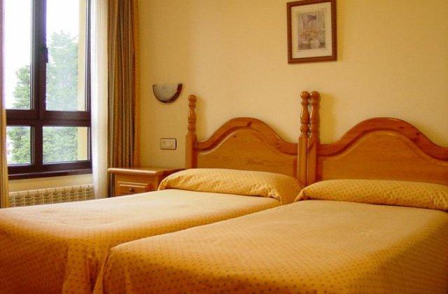 Camino de Santiago Accommodation: Hotel Gavitu ⭑⭑⭑