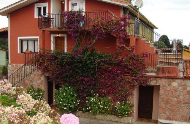 Camino de Santiago Accommodation: Pensión Mariaje ⭑
