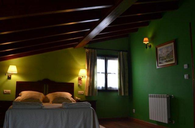 Camino de Santiago Accommodation: Hotel La Fonte ⭑⭑