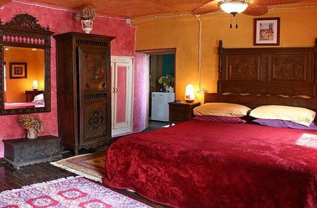 Camino de Santiago Accommodation: Hotel Rural Luna del Valle ⭑⭑