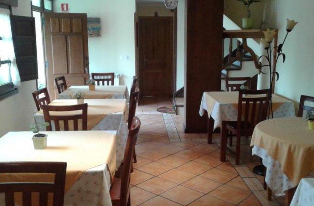 Camino de Santiago Accommodation: Casa de Aldea Ruiloba ⭑⭑