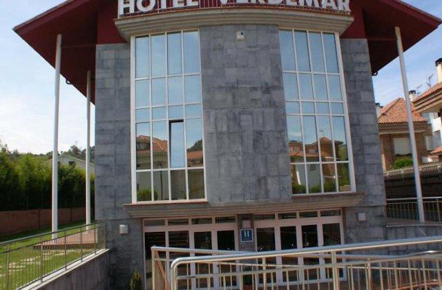 Camino de Santiago Accommodation: Hotel Verdemar ⭑⭑⭑