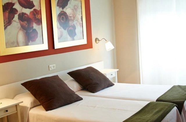 Camino de Santiago Accommodation: Hotel Casa Junco ⭑