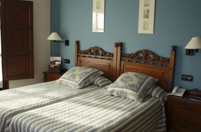 Camino de Santiago Accommodation: Hotel La Boriza ⭑⭑⭑