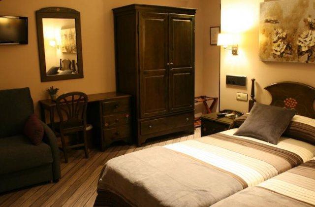 Camino de Santiago Accommodation: Hotel Los Molinos ⭑