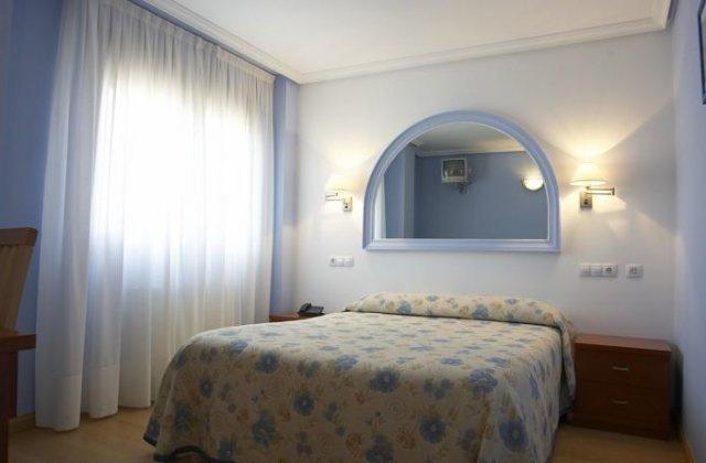 Camino de Santiago Accommodation: Hotel Azul de Galimar ⭑⭑⭑