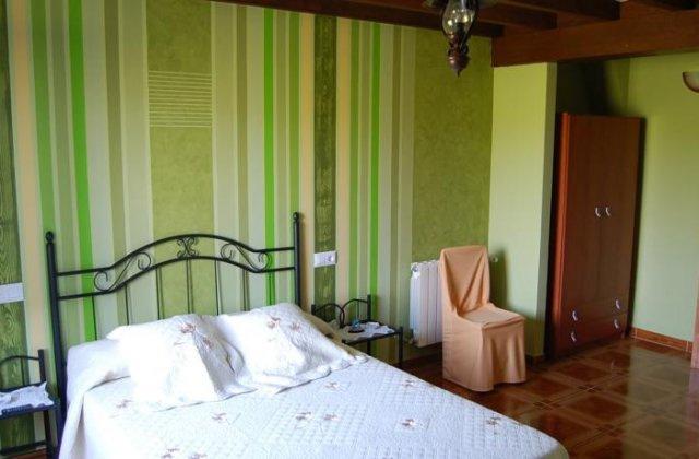 Camino de Santiago Accommodation: Hostería El Corralucu