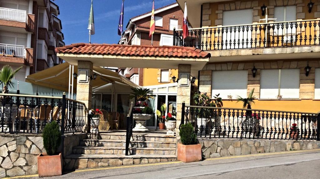 Camino de Santiago Accommodation: Hotel María del Mar ⭑