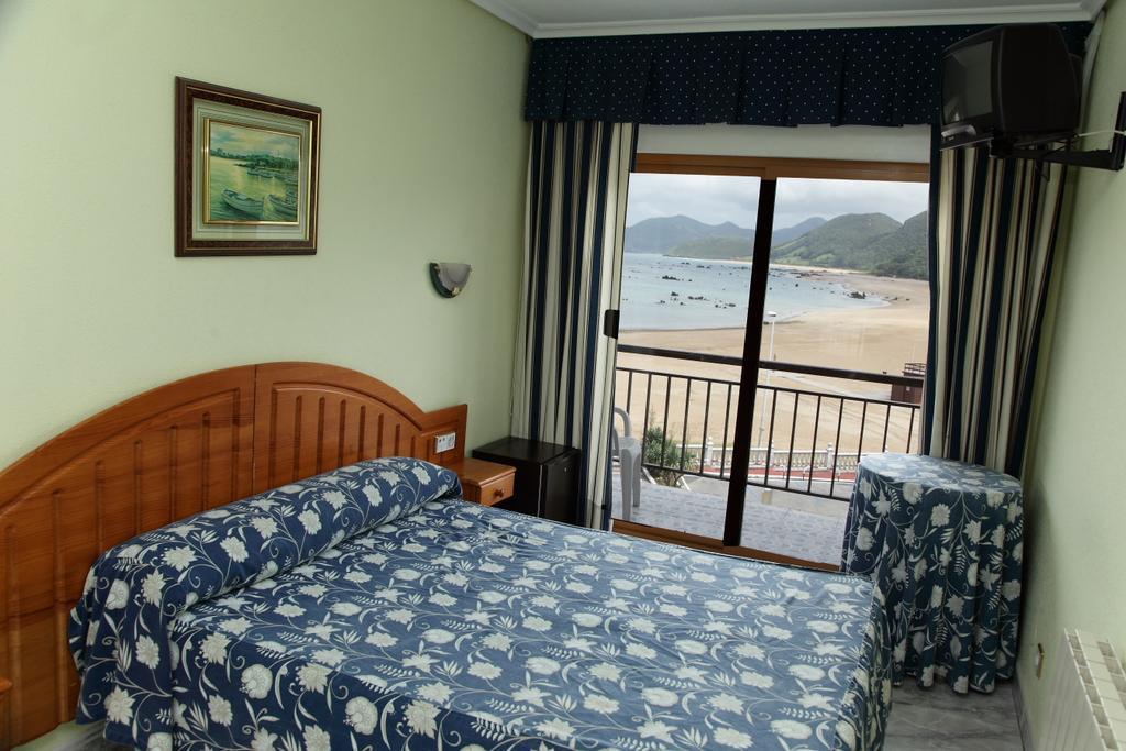 Camino de Santiago Accommodation: Hotel Arillo ⭑⭑
