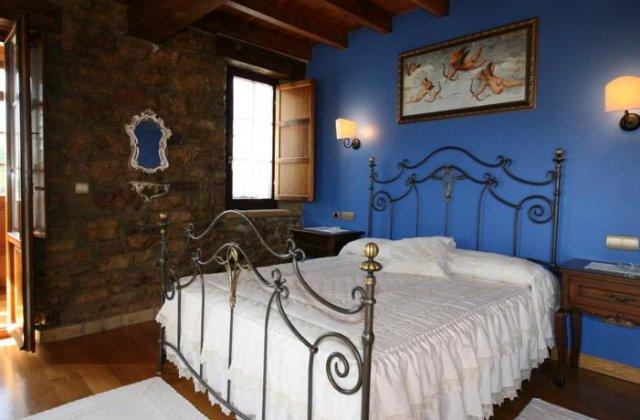 Camino de Santiago Accommodation: Posada El Ángel de la Guarda ⭑⭑