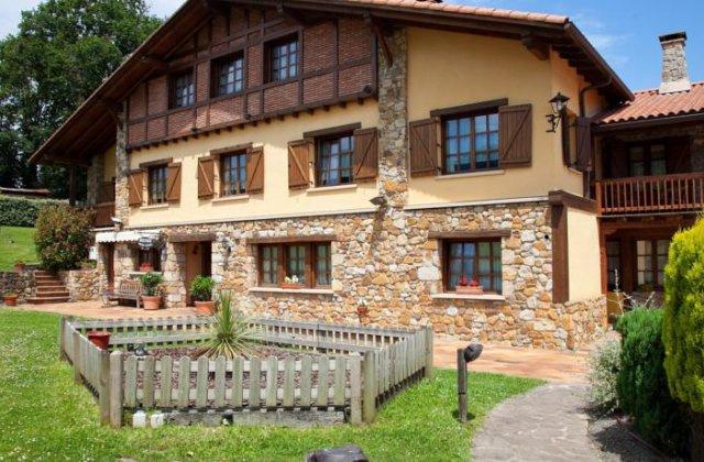 Camino de Santiago Accommodation: Hotel Rural Matsa ⭑⭑