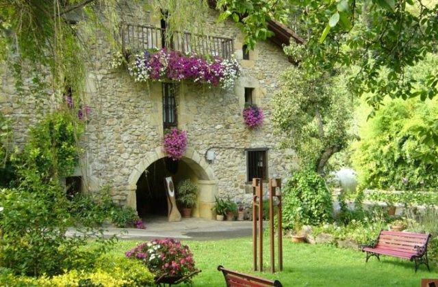 Camino de Santiago Accommodation: Casa Rural Garro