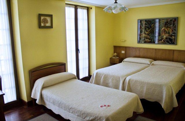 Camino de Santiago Accommodation: Pensión Getariano ⭑⭑