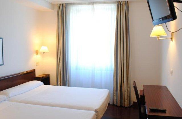 Camino de Santiago Accommodation: Hotel Zarauz ⭑⭑⭑