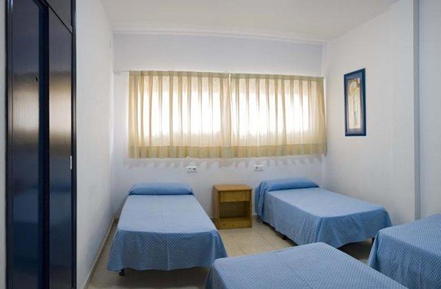 Camino de Santiago Accommodation: Albergue Juvenil de Sevilla