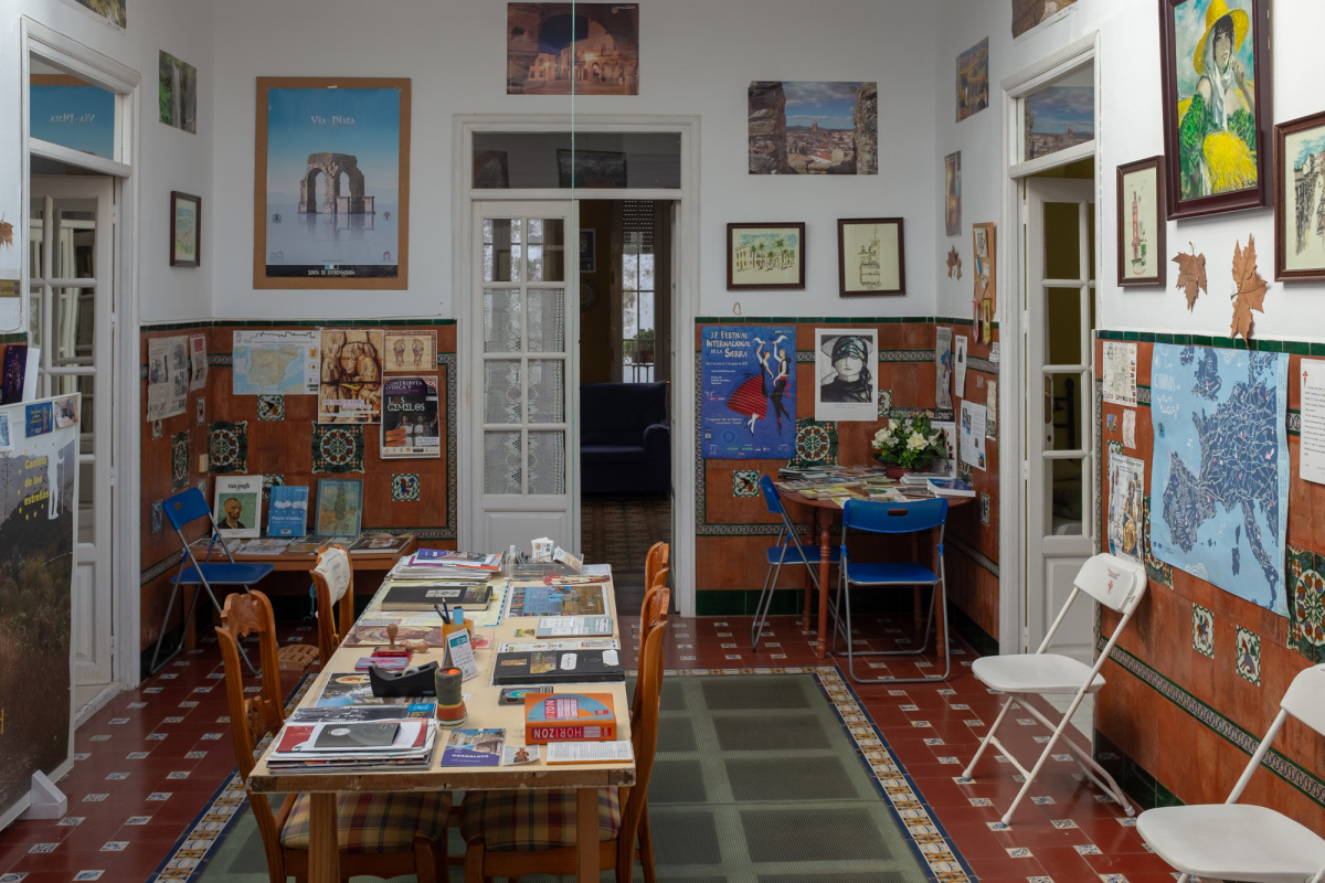 Camino de Santiago Accommodation: Albergue de Peregrinos Van Gogh Zafra