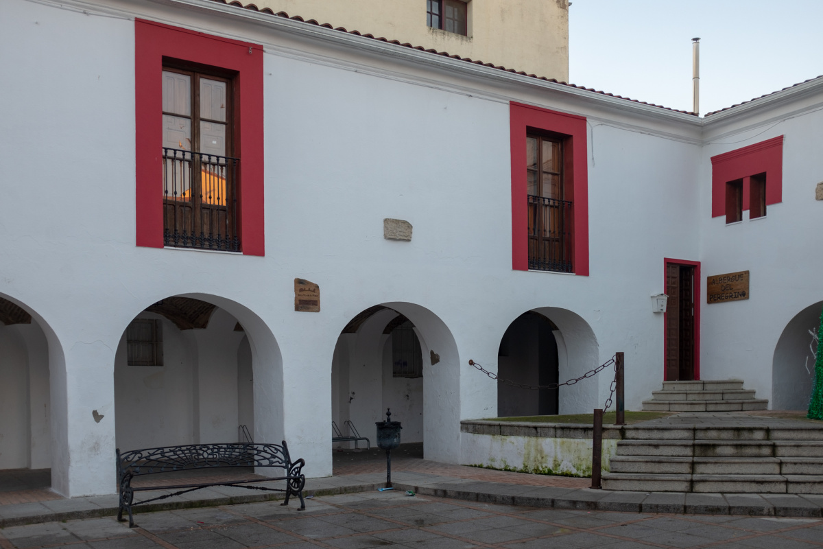 Camino de Santiago Accommodation: Albergue Municipal de Casar de Cáceres