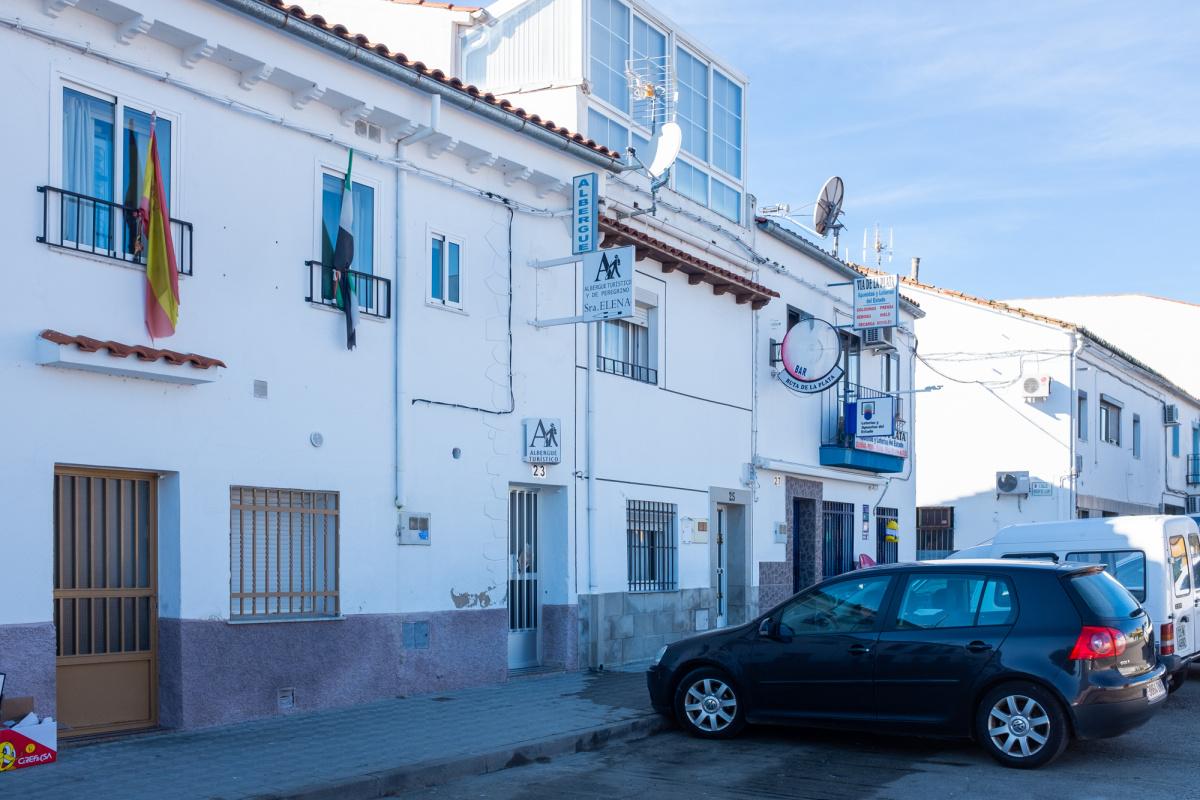Camino de Santiago Accommodation: Albergue turístico y de peregrinos Señora Elena