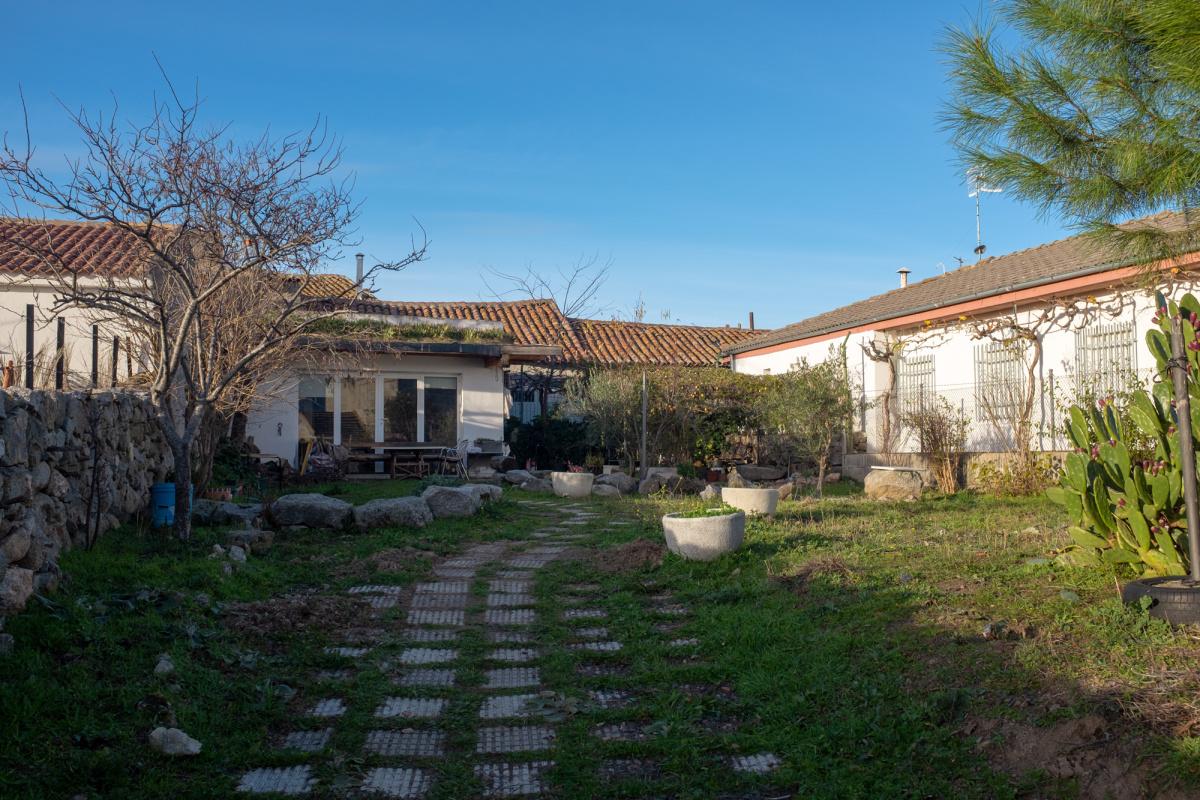 Camino de Santiago Accommodation: Albergue Nenúfar
