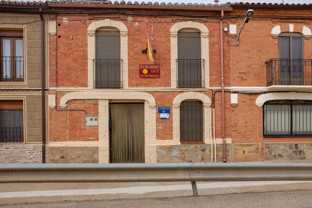 Camino de Santiago Accommodation: Albergue de peregrinos de Granja de Moreruela