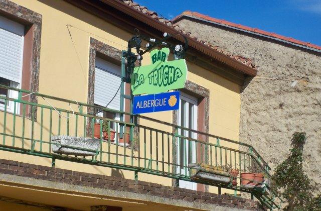 Camino de Santiago Accommodation: Albergue La Trucha