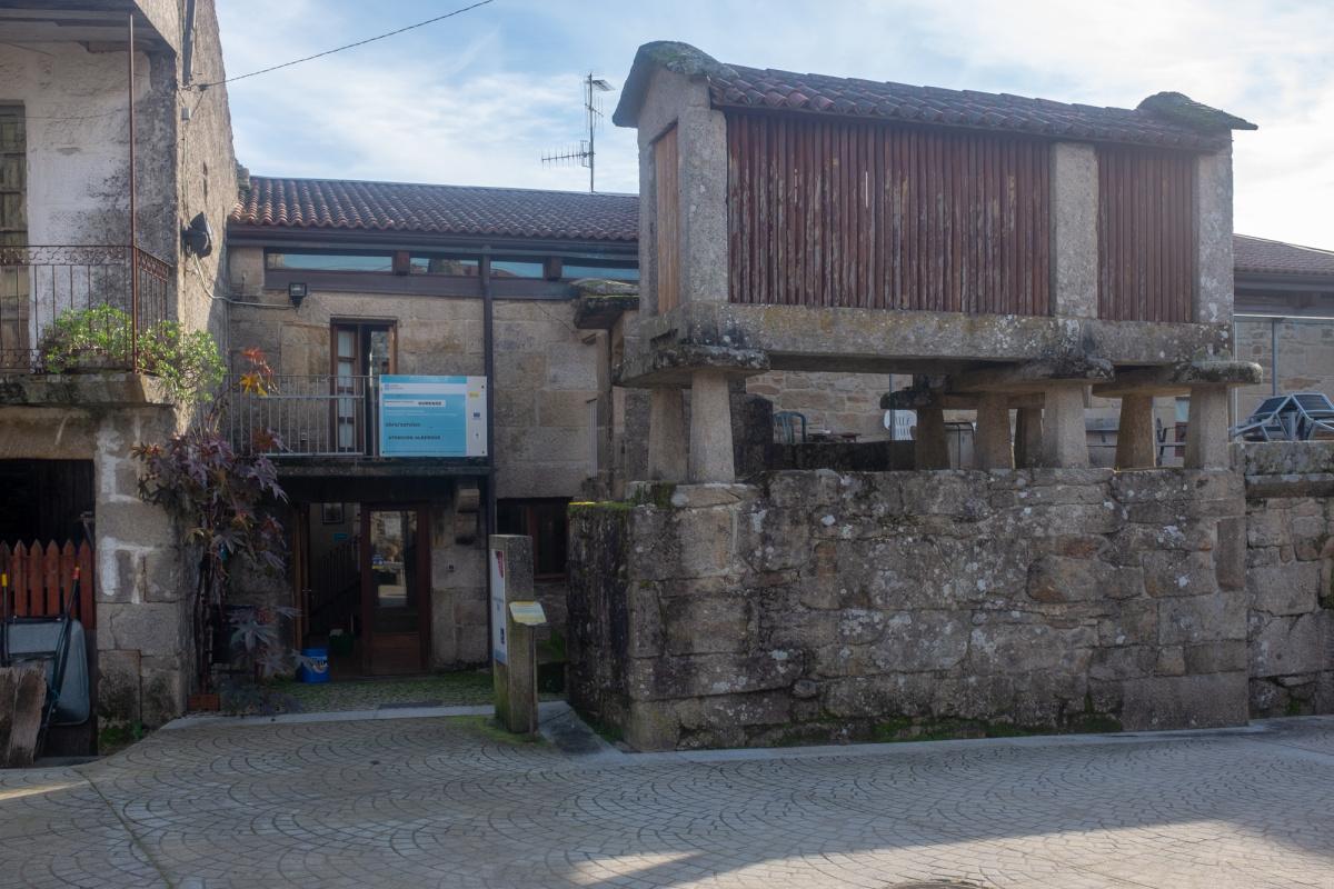 Camino de Santiago Accommodation: Albergue de peregrinos de Cea