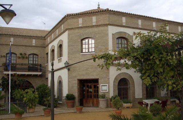 Camino de Santiago Accommodation: Hotel Anfiteatro Romano ⭑⭑⭑