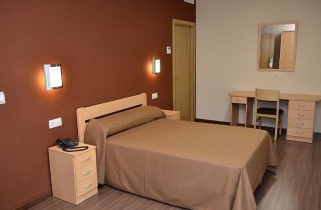 Camino de Santiago Accommodation: Hotel Vettonia ⭑⭑