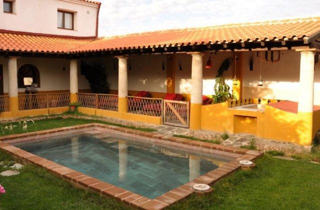 Camino de Santiago Accommodation: Casa Romana Aqua Libera ⭑⭑⭑⭑