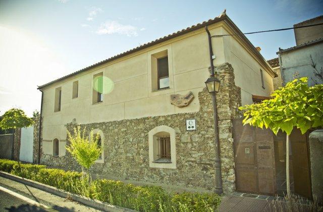 Camino de Santiago Accommodation: La Posada de Grimaldo